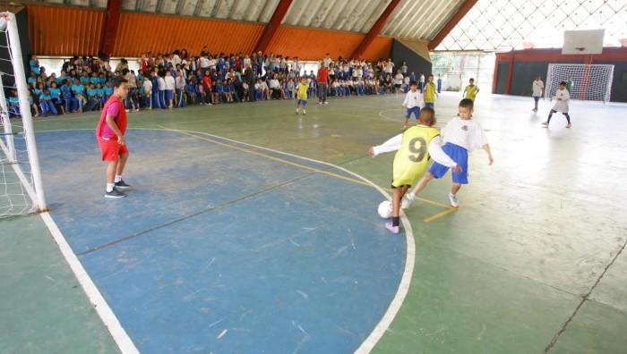 eb1e27920c Olimpíada Escolar conhece campeões do futsal masculino