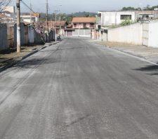 Recuperação asfáltica é realizada em 350 metros de ruas no Jardim das Flores
