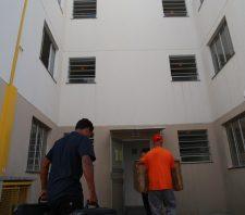 Suzano inicia transferência de moradores de áreasde risco para conjuntos no Jardim Fernandes