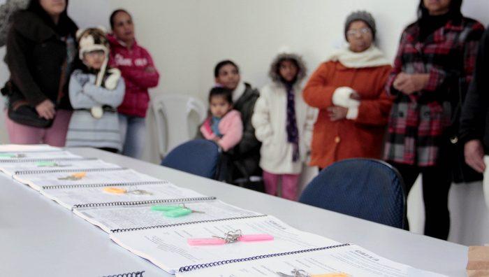 Mais famílias recebem chaves de apartamentos no Jardim Fernandes