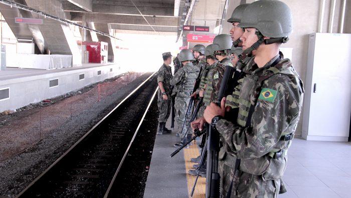 Prefeitura de Suzano e Exército promovem ação social na Praça João Pessoa