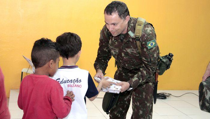 Exército Brasileiro encerra operação em Suzano