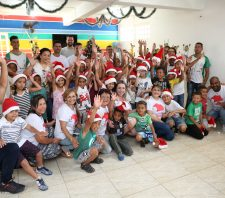 Crianças da Aamae realizam homenagem ao Fundo Social