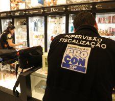 Procon notifica comércios sobre preços de álcool em gel e máscaras