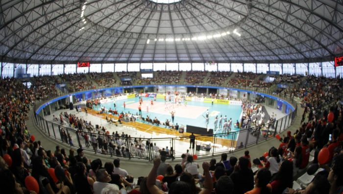 Arena Suzano vibra com partida da Superliga Masculina de Vôlei