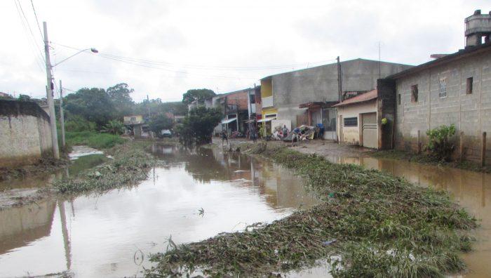 Suzano vai conceder isenção de IPTU às famílias prejudicadas pelas chuvas