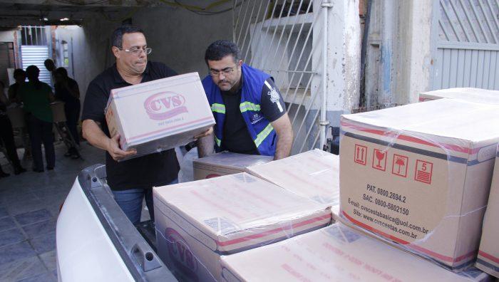 Alimentos e roupas começam a ser distribuídos a famílias em Palmeiras