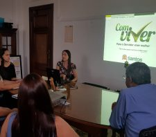 Equipe de Suzano conhece ações para servidores da Prefeitura de Santos