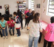 Mulheres participam de curso de defesa pessoal no Saspe