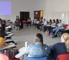 Profissionais participam do 1º encontro de formação do programa 'Melhoria na Educação'