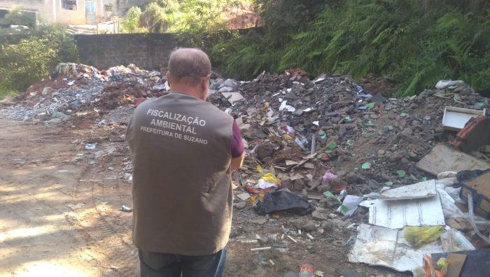 Meio Ambiente e Polícia Civil flagram descarte irregular de entulho na região norte