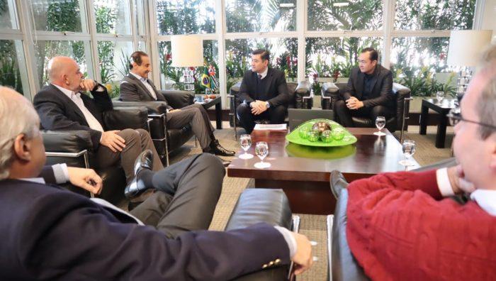 Prefeito se reúne com presidente da Fiesp e pede parcerias para Esporte