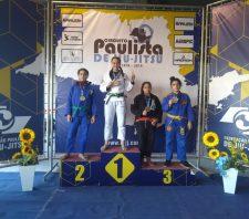 Atletas de Suzano se destacam no Circuito Paulista de Jiu-Jitsu