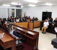 Promotoras Legais participam de Júri Simulado de feminicídio