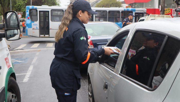 Defesa Civil de Suzano promove conscientização na região central