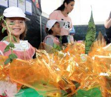 Alunos de escola do Jardim Margareth promovem feira de empreendedorismo