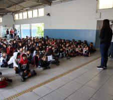 Atividade especial em escolas leva orientação sobre mosquito da dengue