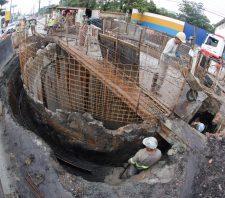 Fechamento do maior poço da obra da Sabesp na SP-66 será no dia 19