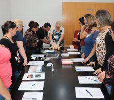 Saúde promove treinamento em ressuscitação neonatal