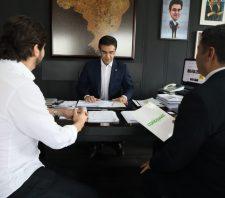Prefeito apresenta demandas de Suzano ao vice-governador