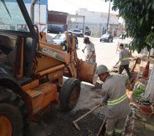 Rua Baruel começa a passar por manutenção asfáltica