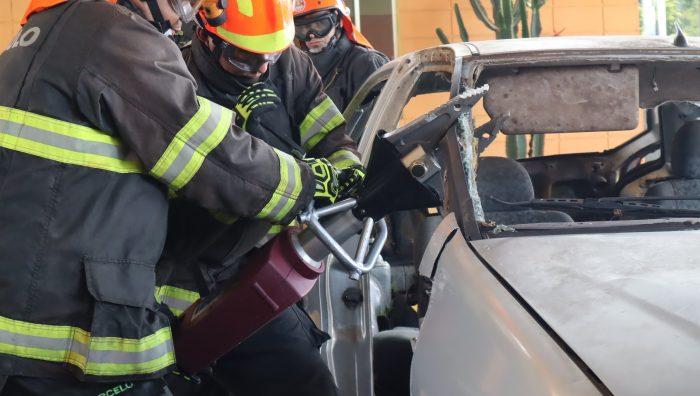 Prefeitura entrega novo equipamento ao Corpo de Bombeiros de Suzano
