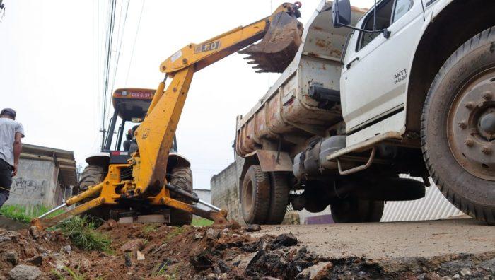 Ruas de Palmeiras entram em última etapa para assentamento de bloquetes