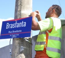 Jardim Santa Inês ganha novas placas de denominação de ruas e avenidas