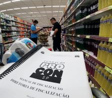 Procon volta a fiscalizar comércio para combater preços abusivos