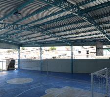 Escola Municipal do Jardim Margareth ganha quadra poliesportiva