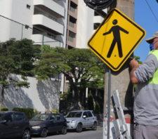 Secretaria de Transportes instala mais de 700 novas placas em julho
