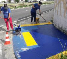 Secretaria de Transportes reforça pintura de vagas especiais e cria novas no centro