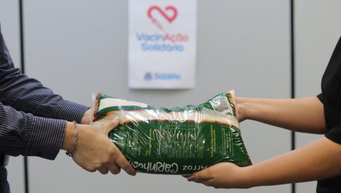 Campanha 'VacinAção Solidária' começa nesta sexta-feira