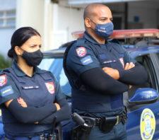 GCM impede roubo em empresa e apreende drogas pela cidade