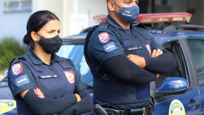 GCM apreende drogas e detém indivíduo responsável por roubos no centro
