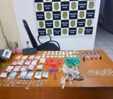 GCM apreende drogas e moto roubada no fim de semana