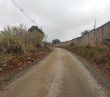 Prefeitura combate focos de descarte irregular em estradas da cidade