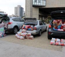 Campanha do Agasalho arrecada mil cobertores em 'Drive-Thru Solidário'