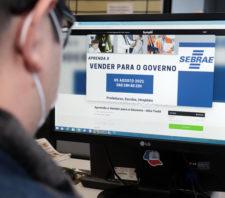 Suzano e Sebrae capacitam sobre vendas a órgãos públicos