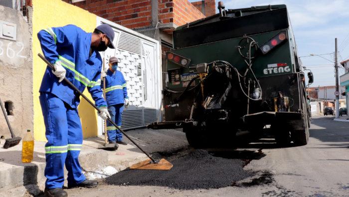 Fim de semana é marcado por serviços de zeladoria em Suzano