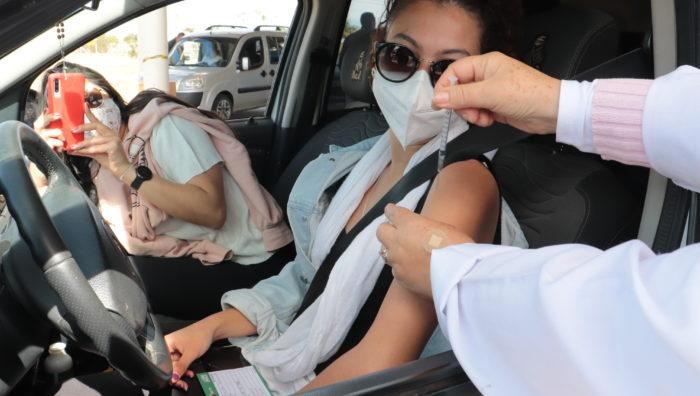 Suzano anuncia vacinação de público maior de 18 anos