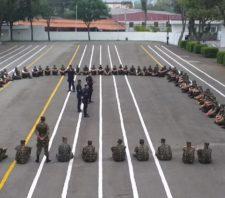 Canil da GCM faz apresentação no Tiro de Guerra de Suzano