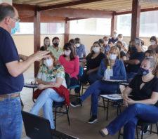 Educação promove simpósio interno para planejar atuação em 2022