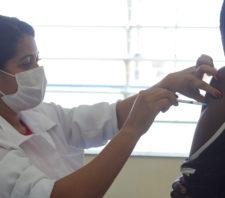 Suzano tem mutirão de imunização contra a Covid-19 neste sábado