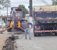 Obras de pavimentação têm início na avenida Antônio Marques Figueira