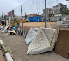 Meio Ambiente alerta sobre casos de descarte irregular do lado de fora de ecoponto
