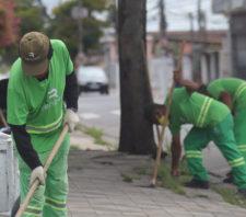 Ações de limpeza urbana seguem em andamento na Vila Amorim